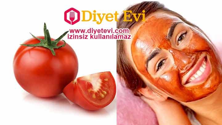 Bu noktada domates suyu cildin pH düzeyini dengelemektedir. Ayrıca domates tıkalı olan gözenekleri açar ve genellikle bu gözenekleri tıkayan kir bakteri yağ hücrelerinin birikmesini önler. Domates sivilceye neden olan serbest radikallere karşı koruyan antioksidan içerir. Buna ek olarak domates hücresel düzeyde herhangi bir cilt hasarını onarıcı ve izleri giderici özelliğe sahiptir. Domates suyunun faydalarını okumaya devam etmek için görsele tıklayın.